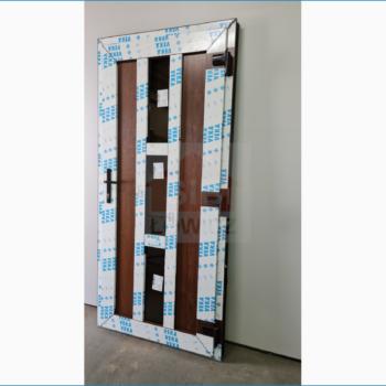 Drzwi jednoskrzydłowe PCV orzech obustronny